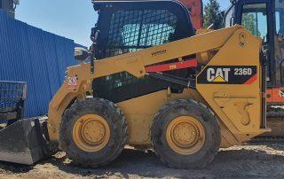 Nakladač CAT 236D pronájem